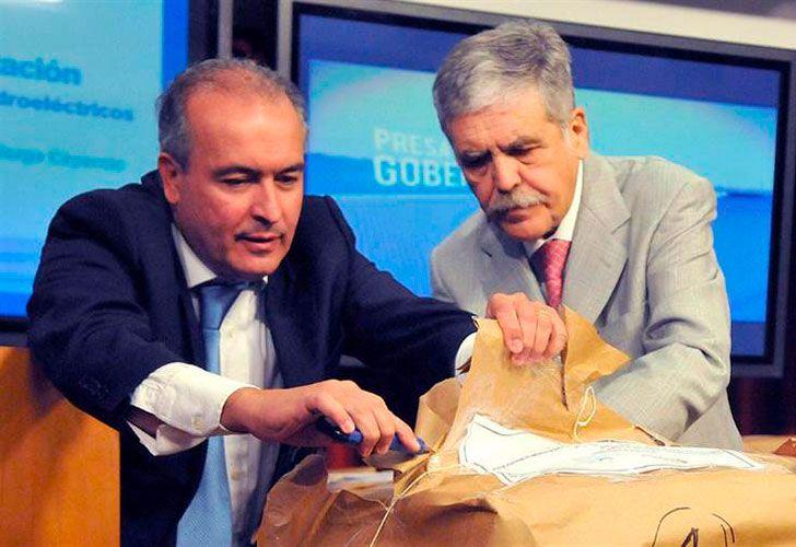 Julio De Vido junto a José López