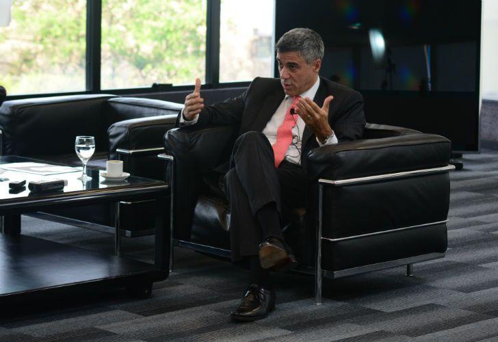El juez federal, Daniel Rafecas, durante la entrevista con Jorge Fontevecchia.