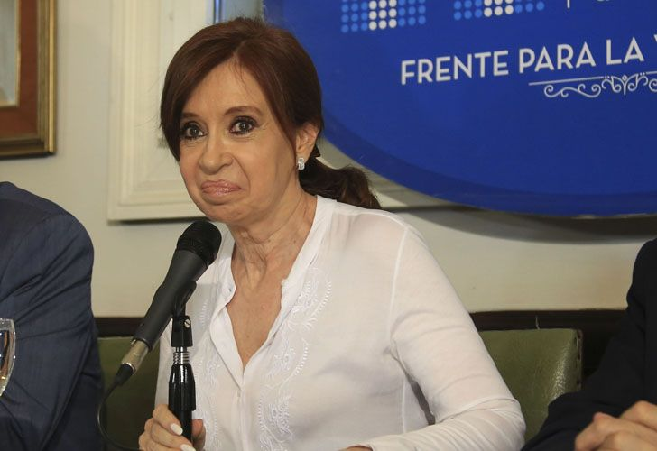 Cristina Kirchner a juicio oral por el presunto encubrimiento del atentado a la AMIA.