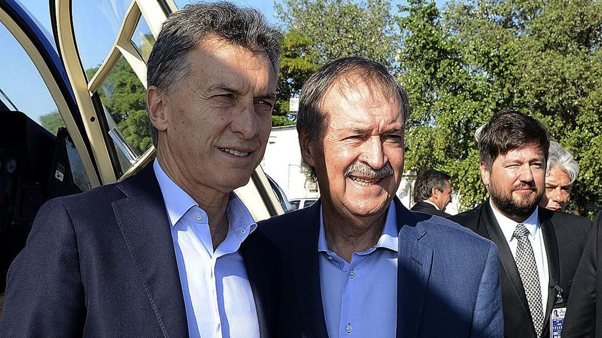 DIÁLOGO. Macri y Schiaretti, pendientes de la agenda legislativa.