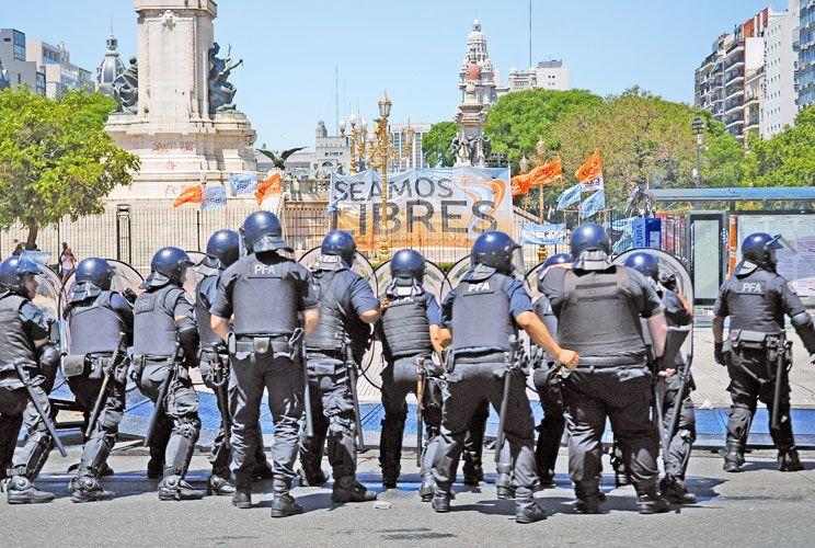 Violencia. Los disturbios fueron parte también de la discusión entre sectores.