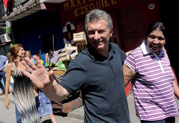 Macri visitó Los Piletones con Juliana Awada