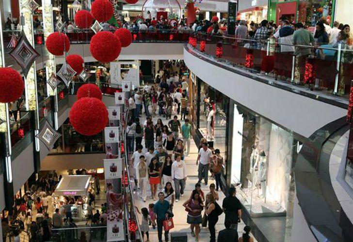 Las compras de Navidad arrancaron más tarde este año.