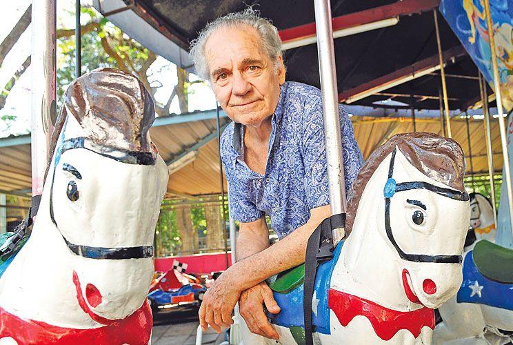 Historia. Reconoce que fue a estudiar teatro con Augusto Fernandes cuando soñaba con ser estrella del cine. Ganó popularidad con los escarpines.