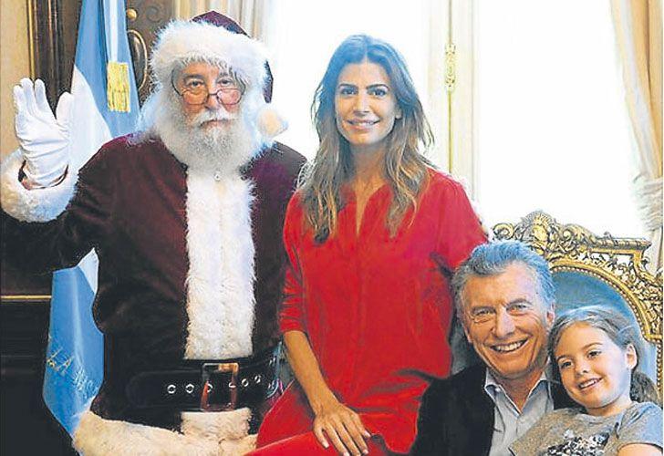 Deseos. Una de las últimas fotos, con Papá Noel en la Rosada.