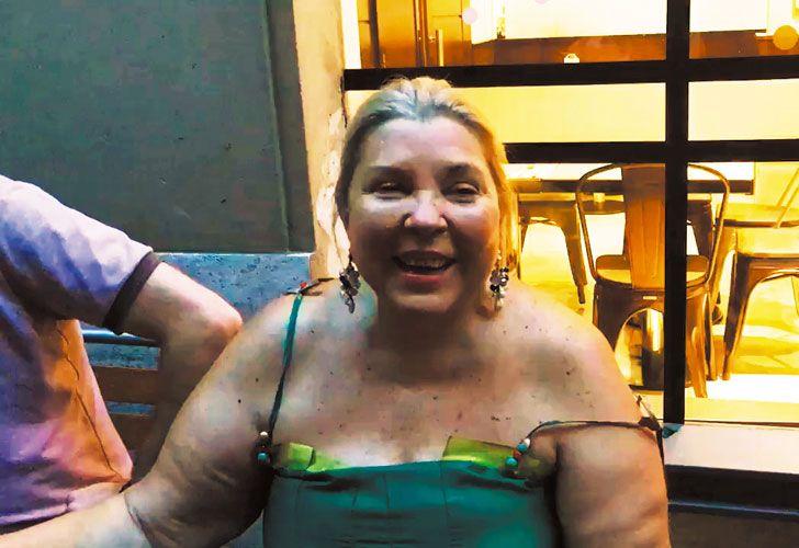 Festejo. El martes pasado a la noche, la diputada celebró su cumpleaños 61 junto a amigos y allegados en un bar de Recoleta.