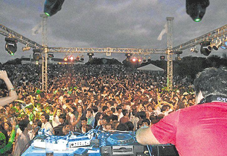 Sin permiso. Los eventos para esperar el 1º de enero pueden convocar hasta dos mil personas.