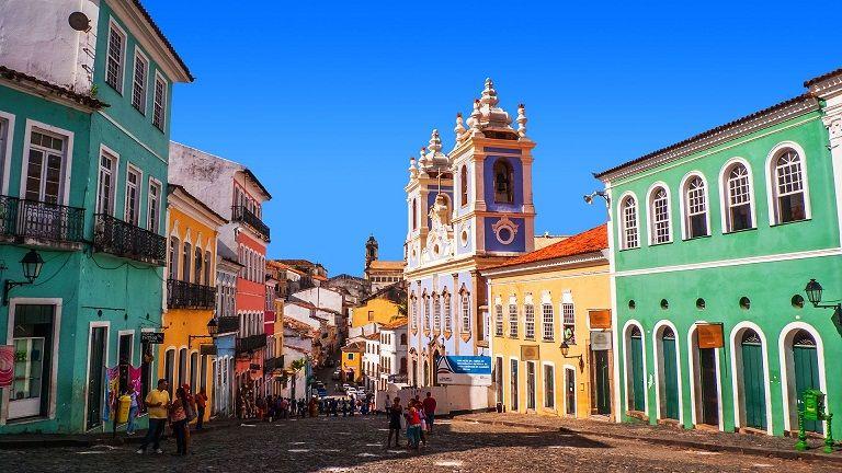 NORDESTE. Salvador de Bahía con su color y sus playas, uno de los destinos más solicitados por los cordobeses.