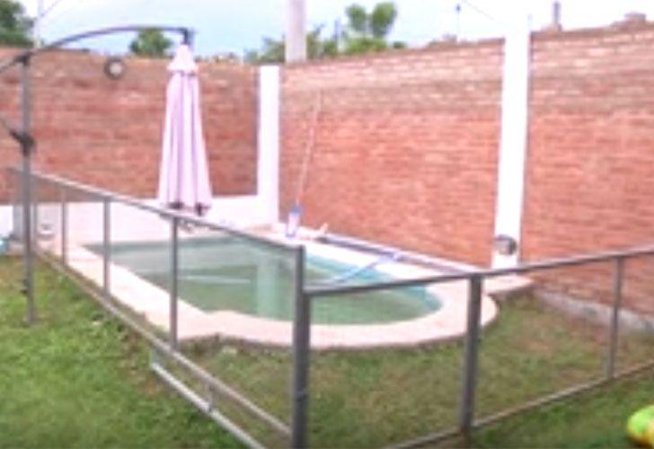 Encontraron a un ladrón ahogado en la pileta de su casa