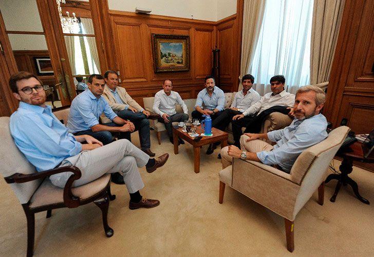 Intendentes del PJ junto al Gobierno en Casa Rosada
