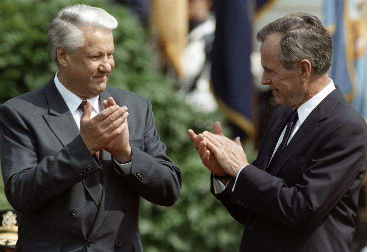Boris Yeltsin y George W. Bush, primer encuentro cumbre tras el reinicio de las relaciones.