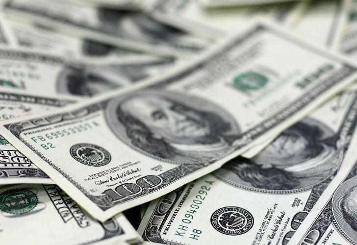 El dólar se ubica en $18,904 para la compra y $19,410 para la venta.