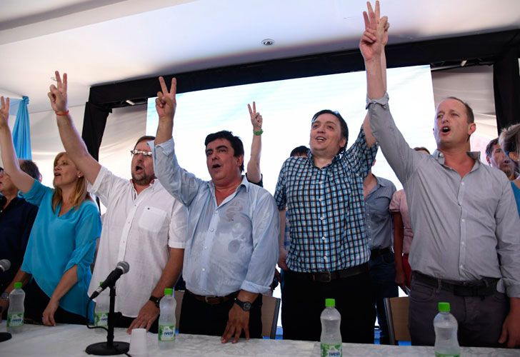 El acuerdo se gestó en la reunión entre el líder de La Cámpora, Máximo Kirchner, y el intendente de Lomas de Zamora, Martín Insaurralde.