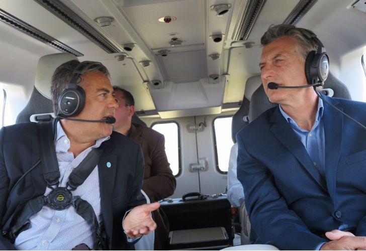 El presidente Mauricio Macri junto al gobernador de Mendoza, Alfredo Cornejo.