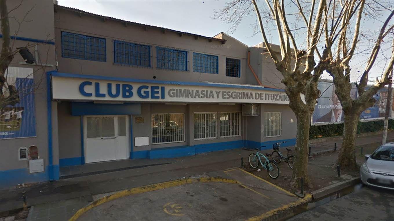 El Club Gimnasia y Esgrima de Ituzaingó, en Lavalle 1151