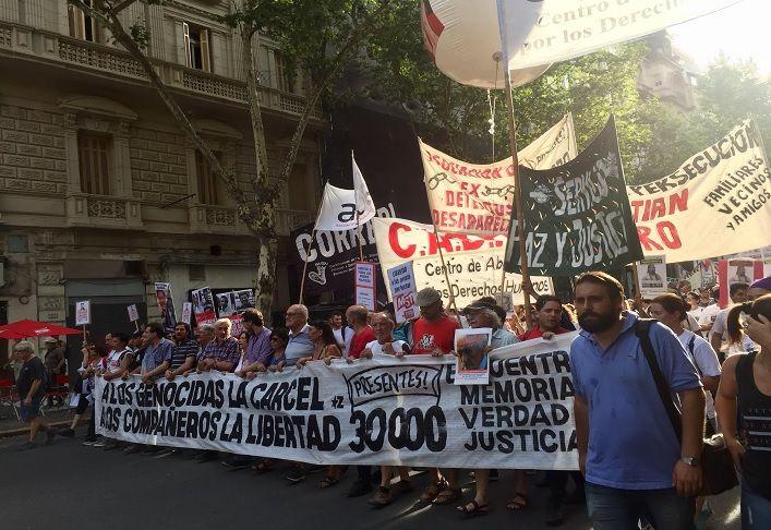 Exigieron la libertad de los detenidos en las protestas de la reforma previsional.