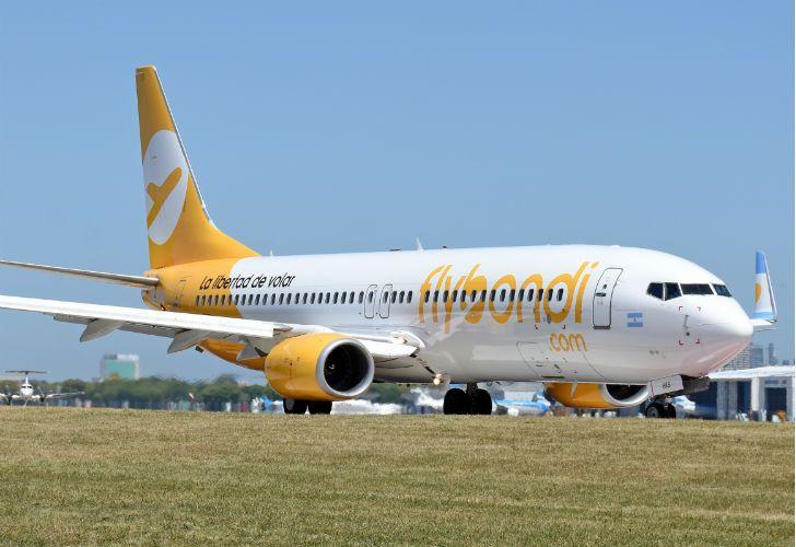 La low cost flybondi puso a la venta pasajes para volar desde el 9 de febrero.