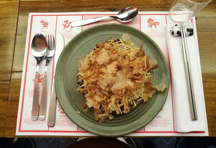 Te enseñamos a preparar Okonomiyaki, tortilla japonesa