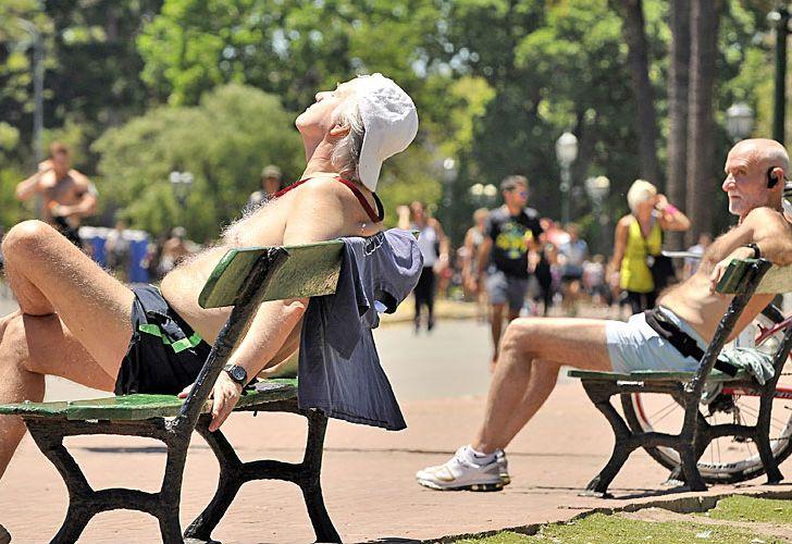 La ola de calor seguirá por varios días más en el país.