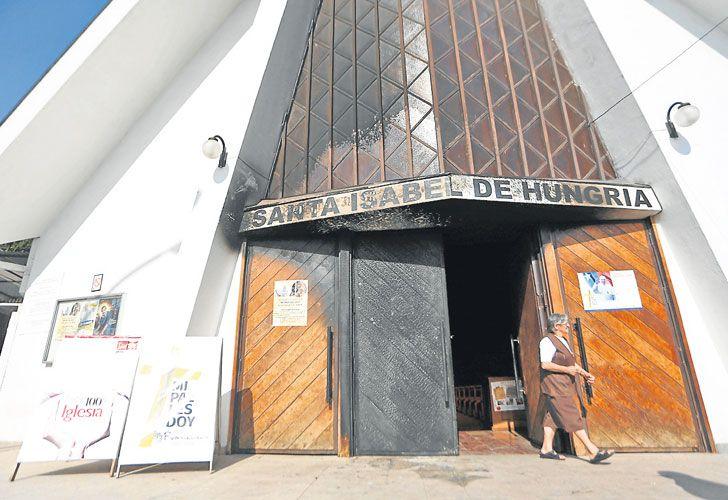 Hollin. Una de las parroquias atacadas, ubicada en la región central de la capital chilena.