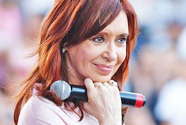 Una y otra. Cristina tiene votos indiscutibles. Pero perdió ante el símbolo de María Eugenia Vidal, contra candidatos menos conocidos por la sociedad.