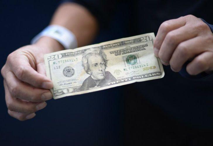 El dólar mantiene su estabilidad.