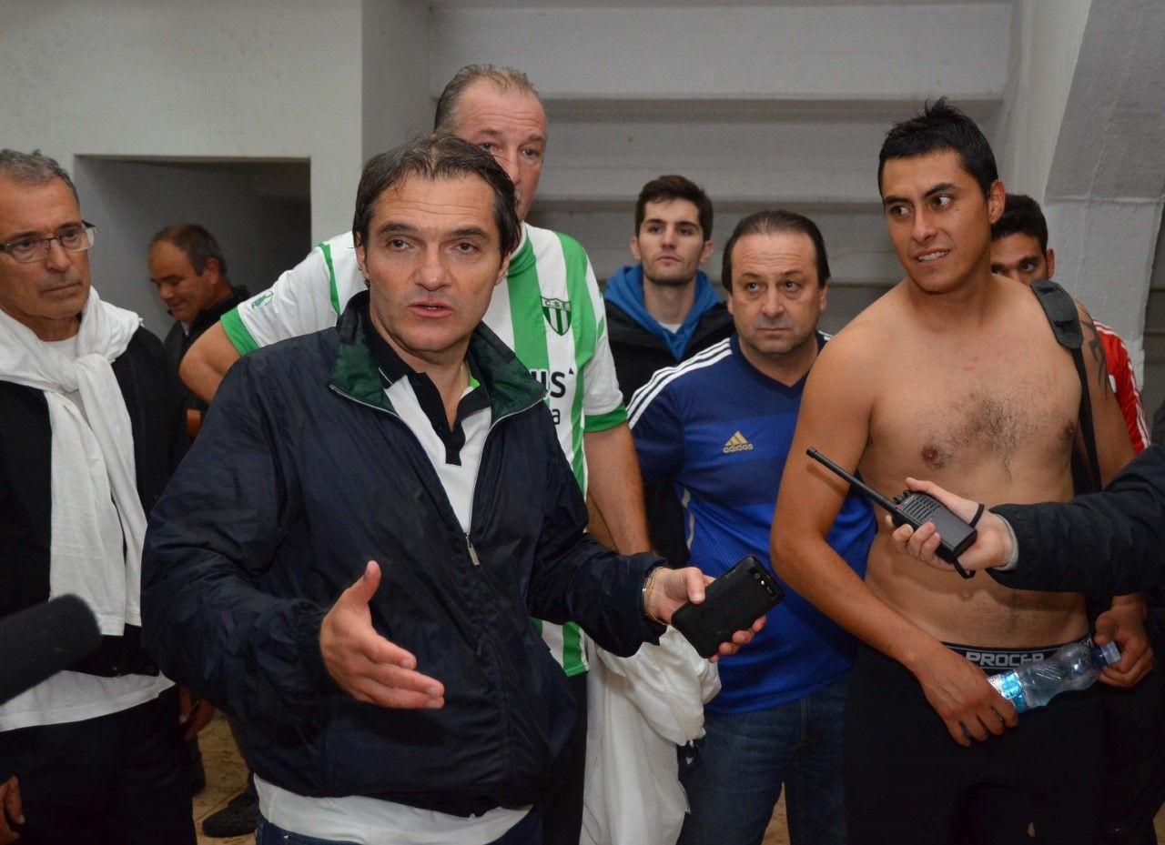 El último partido. Ahumada en Estudiantes de San Luis, donde repitió el fracaso de Talleres.