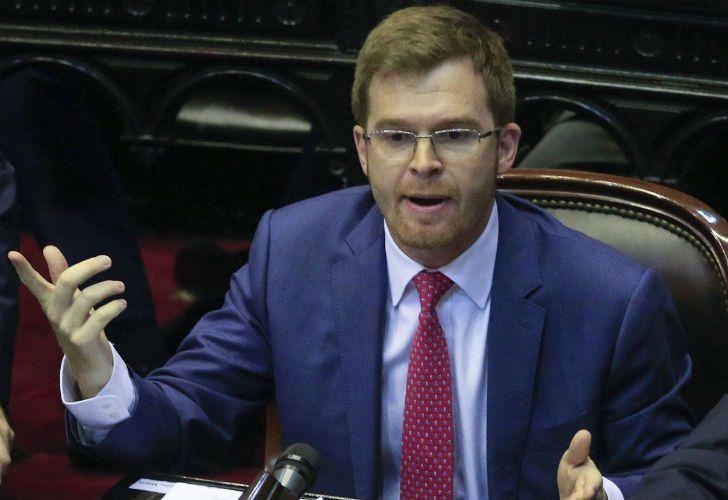 El jefe del bloque del PRO en la Cámara de Diputados salió a aclara sus dichos sobre la reconciliación con la última dictadura militar.