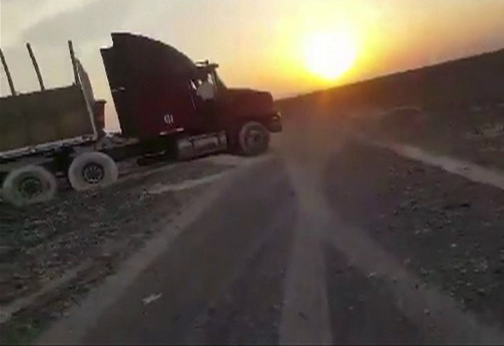 Camión sobre Lineas de Nazca