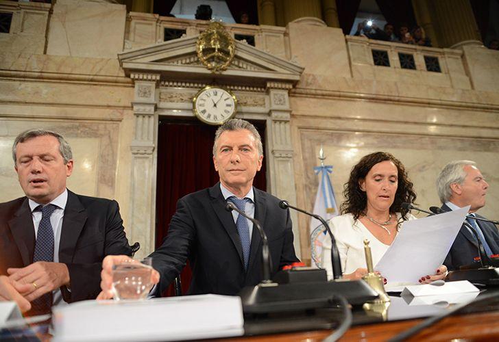 Hoy se dió cominezo al año legislativo con la presencia en el Honorable Congreso de la nación, del presidente Mauricio Macri.
