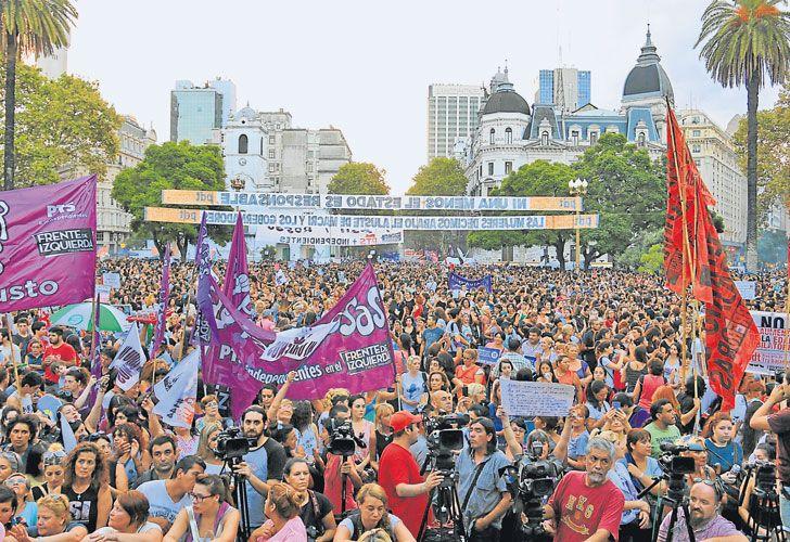 Juntas. Esperan superar el medio millón de asistentes en la marcha de Plaza de Mayo a Congreso.