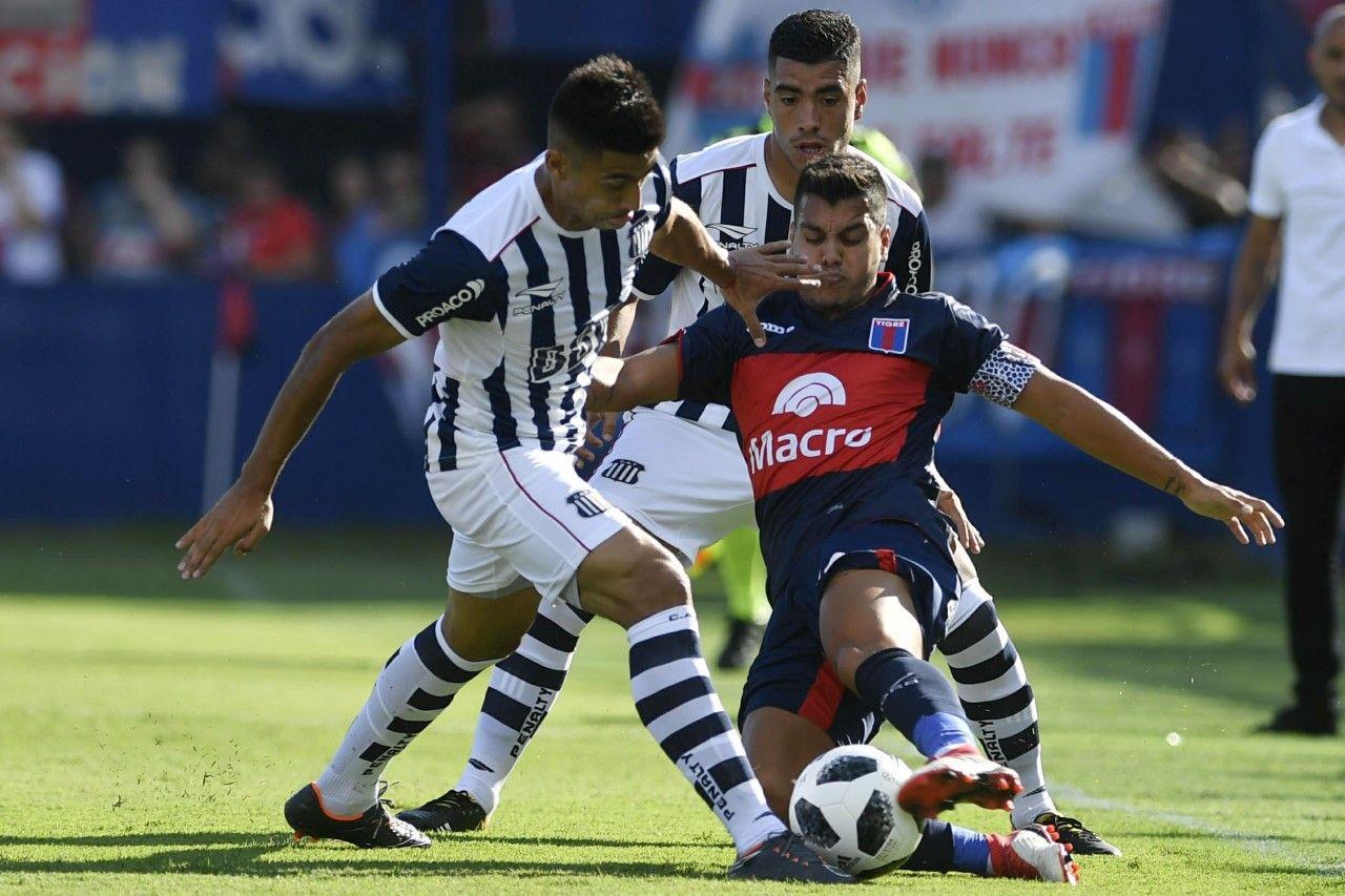 En un partido muy trabado, Talleres no pudo imponer su juego en la cancha de Tigre.