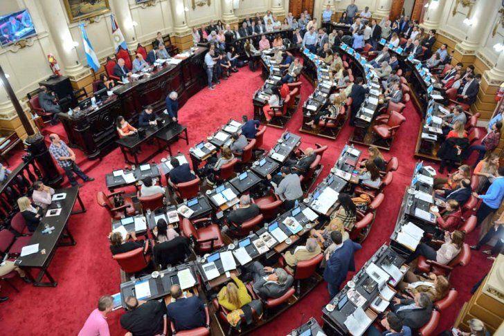 SIN PARIDAD. Ni en el Concejo ni en la Unicameral hay bloques mayoritarios presididos por mujeres. Los cambios en marcha.