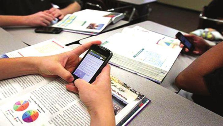 """INTERNET. Los jóvenes son los más conectados: el 71% está """"en línea"""