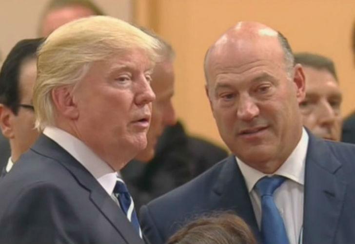 Donald Trump con su ex principal asesor económico, Gary Cohn.