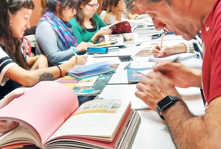 Mayor experiencia. Los estudiantes podrán cursar seminarios dictados por profesionales que han participado de los más innovadores proyectos editoriales.