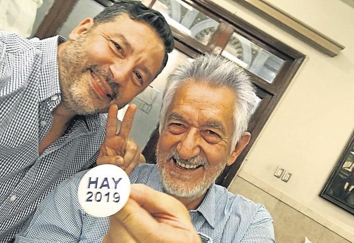 Arenga. El jefe del PJ bonaerense, Gustavo Menéndez, y el anfitrión, Alberto Rodríguez Saá.