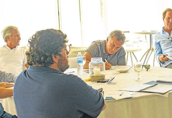 Retiro cool. Macri y su equipo de gobierno tuvieron hace un mes su habitual reunión informal en Chapadmalal, donde se evalúa y proyecta la gestión de cada área.