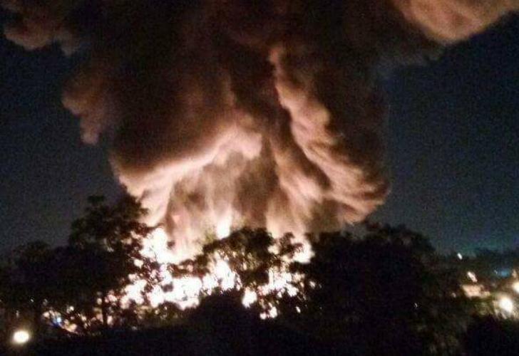 Incendio de una fabrica de perfumes en la provincia de Bs.As.