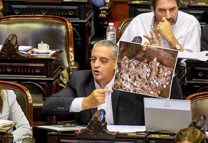 Horacio Pietragalla Corti mostró una foto para cuestionar la transformación de Campo de Mayo en un