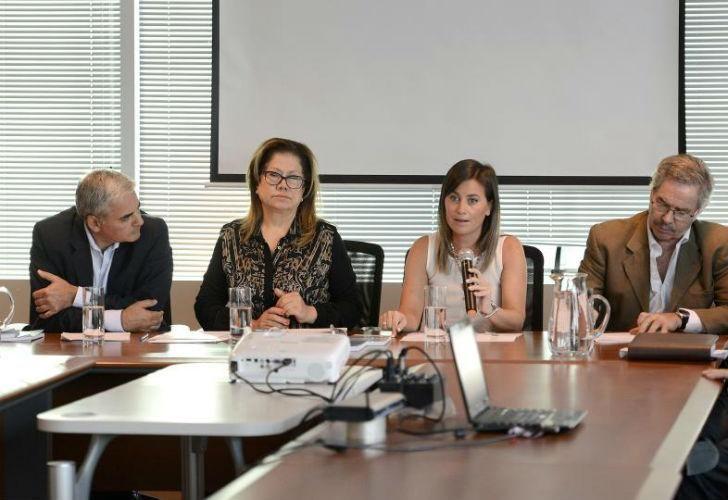 El Frente Renovador presentó el proyecto ayer en conferencia de prensa.