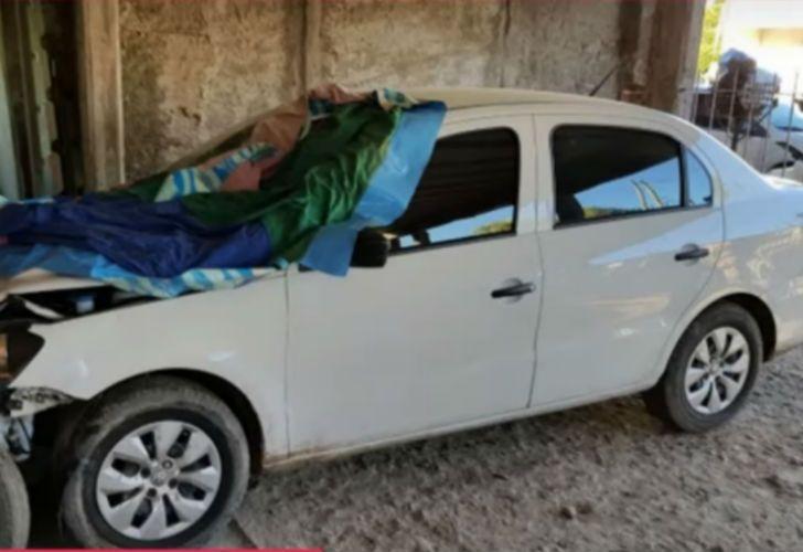 El automóvil Volkswagen Voyage de color blanco fue secuestrado en un garage de la localidad de Gutiérrez.
