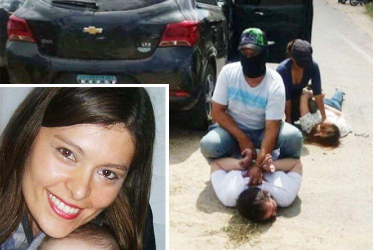 Al piso. Una de las dos mujeres demoradas es Soledad Rodrigues (izq), una dirigente local.