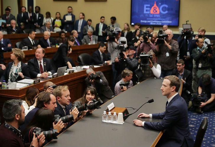 Mark Zuckerberg expone nuevamente ante el Congreso de los Estados Unidos para hablar sobre el escándalo de Cambridge Analytica.
