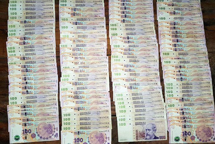 Hallazgo. Secuestraron 130 mil pesos, entre otras cosas.