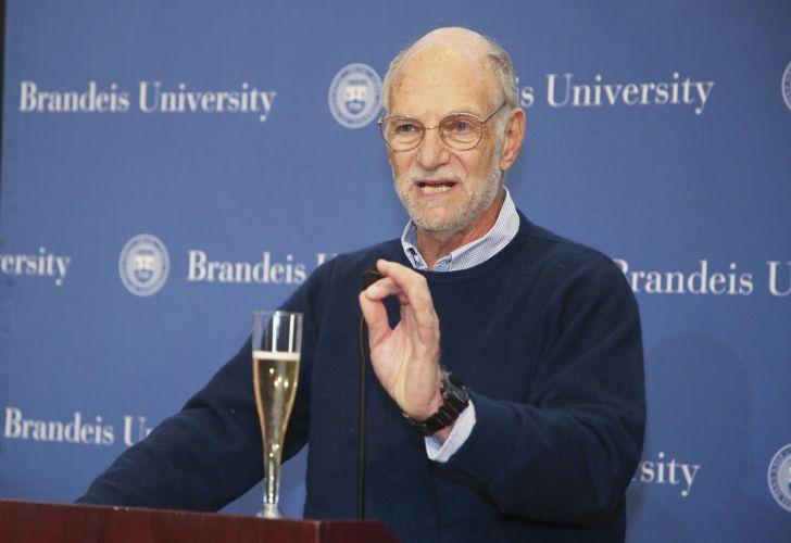 Motochorros roban al último Nobel de Medicina en Ciudad Universitaria