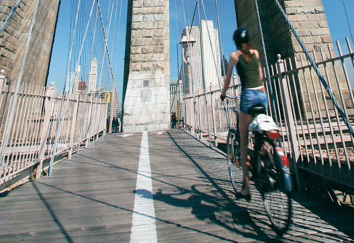Bicicleta_Puente de Brooklyn_Estados Unidos_travesías_turismo