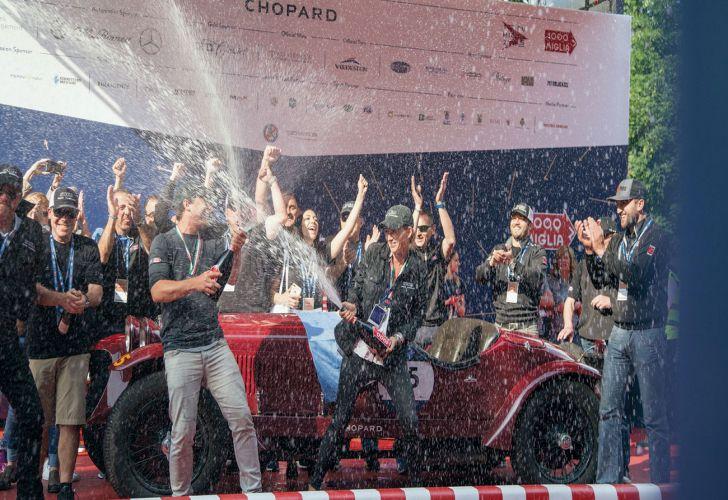 Mille Miglia_autos antiguos_autos de colección_Europa_Italia_competencia_aventura