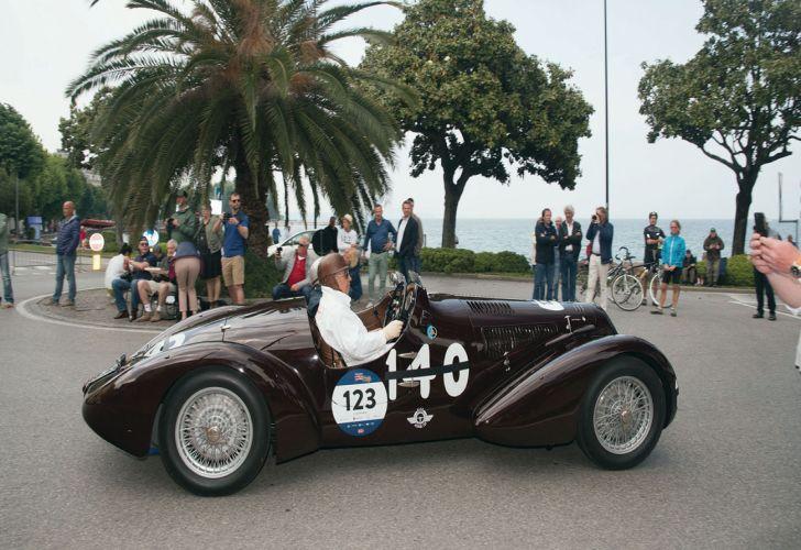 Mille Miglia_Europa_Italia_aventura_turismo_autos antiguos_autos de colección