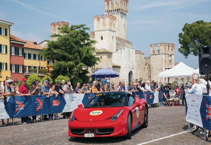 Mille Miglia_turismo_coleccionistas_autos antiguos_autos de colección_aventura_Europa_Italia
